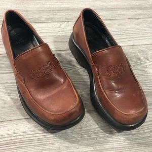 Dansko • Embroidered Leather Shoes